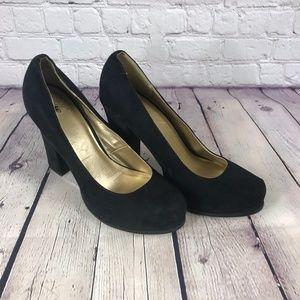 Mossimo Black Suede Pumps Platform Heel Shoes